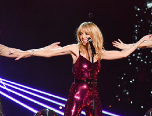 Kylie Minogue sings Night Fever in Danse Avec Les Stars