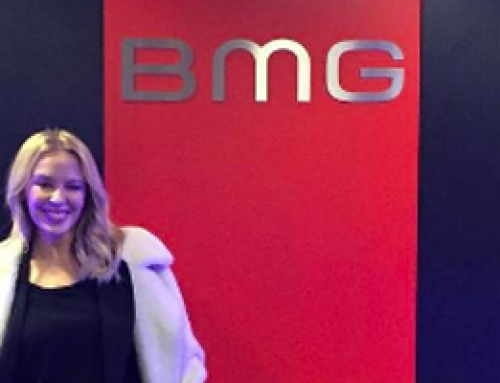 Kylie Minogue signs with BMG for a new album